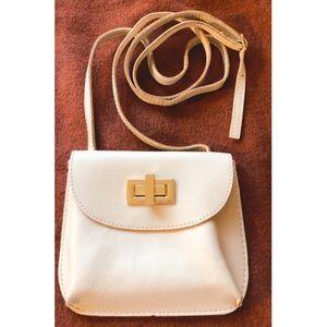 Guliver Design handmade leather purse